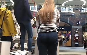 Put Worker Booty 3