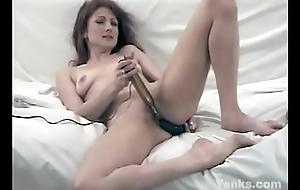 Lovely Yanks Patience Masturbating