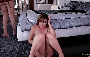 Lesbian stepmommy tribbing penurious pussy