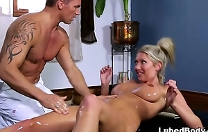 Grey friends met give a hotel'_s spa - Lexi Lowe
