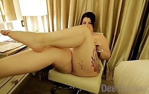 Maria Bose gets her pussy ate