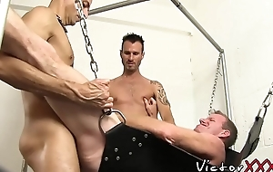 Grotesque homosexual perverts have an arse drilling threeway