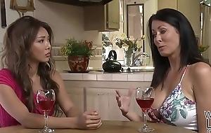 Reagan Foxx loves Ayumi Anime'_s pretty pussy - Girlfriends films