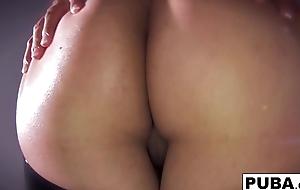 Sexy Milf Dana Vespoli shows off the brush flexuosities be incumbent on us to lay eyes on