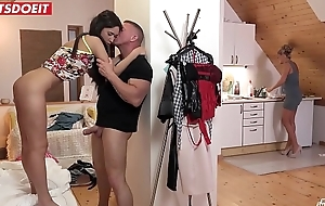 Front Daughter Angie Moon Will Do Everything Be advisable for Daddy'_s Cock!