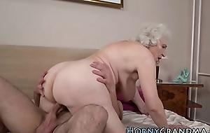 Age-old grandma facialized