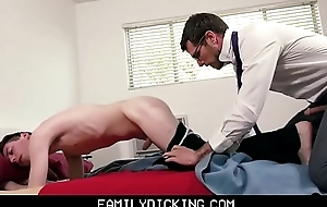 Twink Little shaver Stepson Drilled By Stepdad Before Meeting With Cram