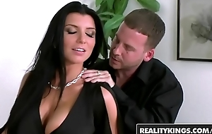 Hot milf (Romi Rain) is pule station but is worth it - Reality Kings