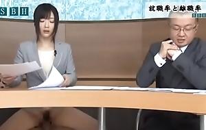 Hibiki Otsuki presenta las noticias de la ma&ntilde_ana