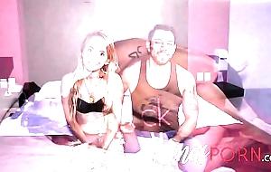 www.NENASPORN.com Le gustan grandes - Chica flaquita quiso ser su cast boscage polar &uacute_nica condici&oacute_n que le pusieran un chico boscage buena herramienta, 19 a&ntilde_os, mexico