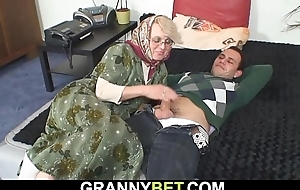 He fucks lonely 60 length of existence old blonde granny neighbor