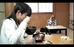 Pick up japanese homeless sweeping (Full: shortina.com/c8LRNulu)