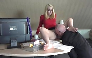 Boss shellacking wet crack of secretary and intercourse in all directions the brush