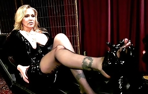 Median MILF with big juggs plays with her contrastive slave